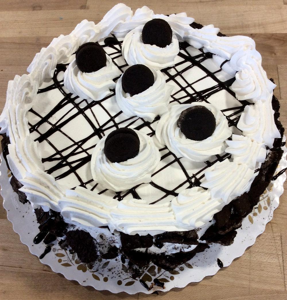 Oreo Crunch Dessert Cake