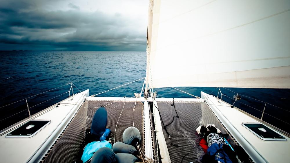 sailing_maldives.jpg