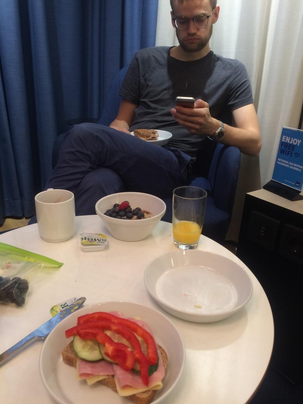 Buffett Breakfast at SAS Lounge.