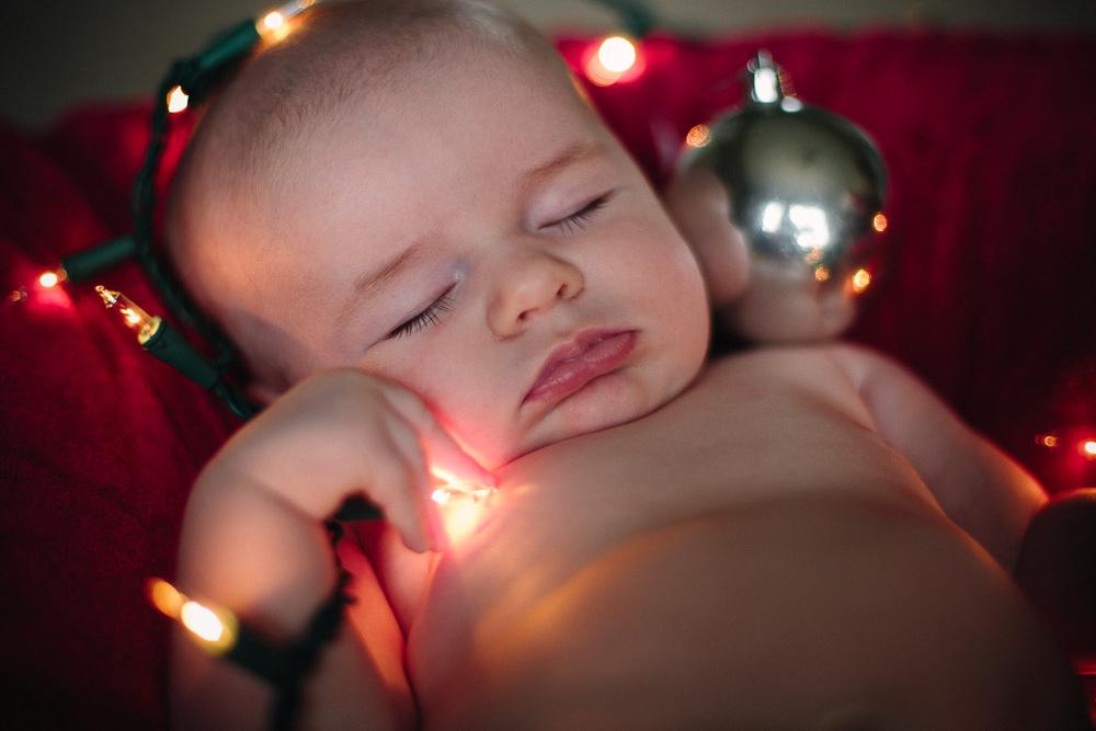 ChristmasAlivia_4.jpg
