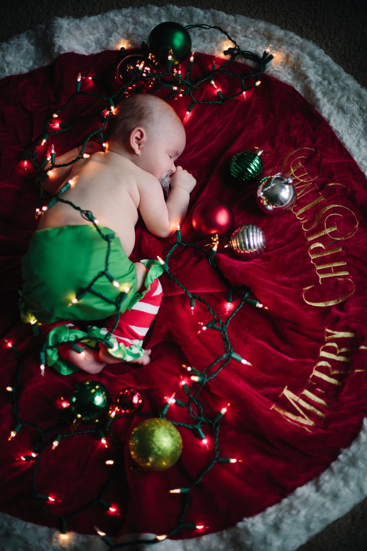 ChristmasAlivia_5.jpg