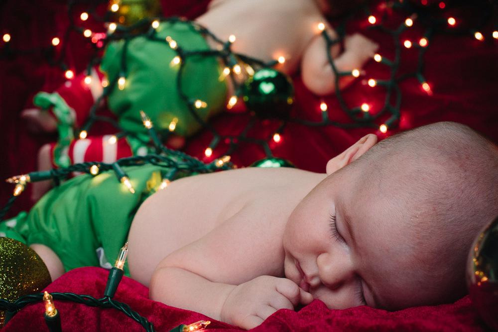 ChristmasAlivia_9.jpg