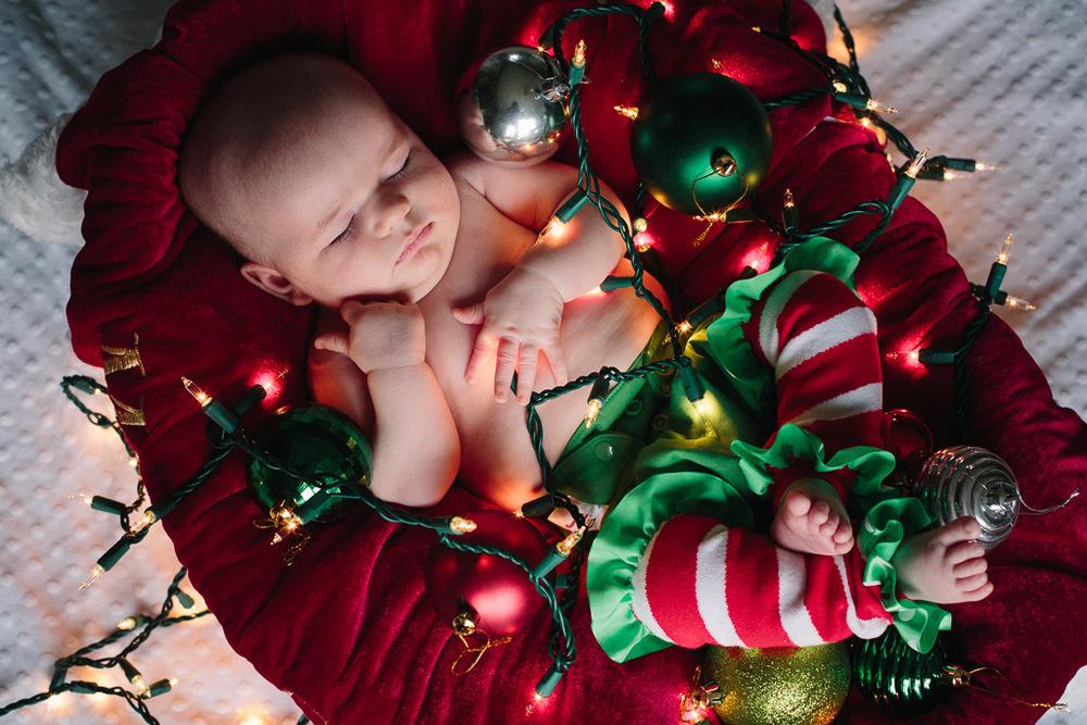 ChristmasAlivia_11.jpg