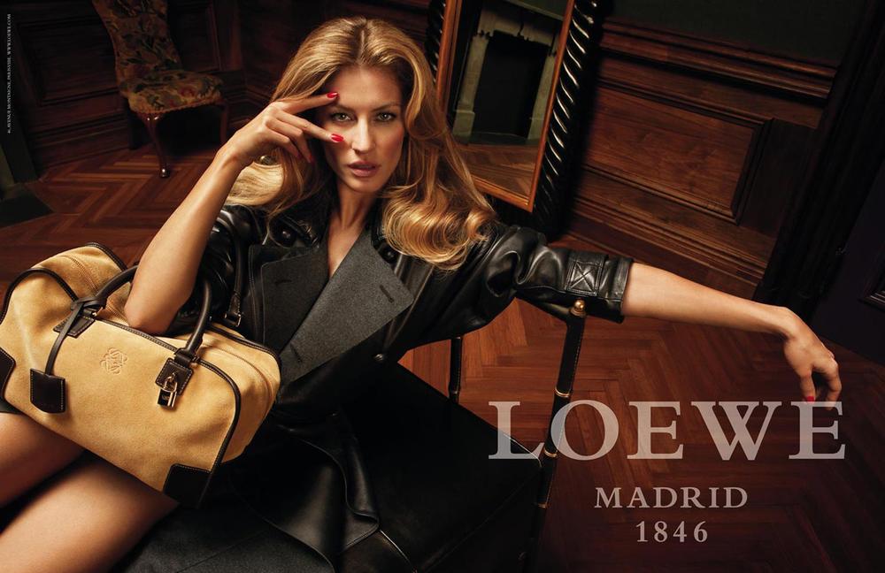 Gisele Bündchen, testimonial de marca para la colección Loewe Fall Winter 2009-2010
