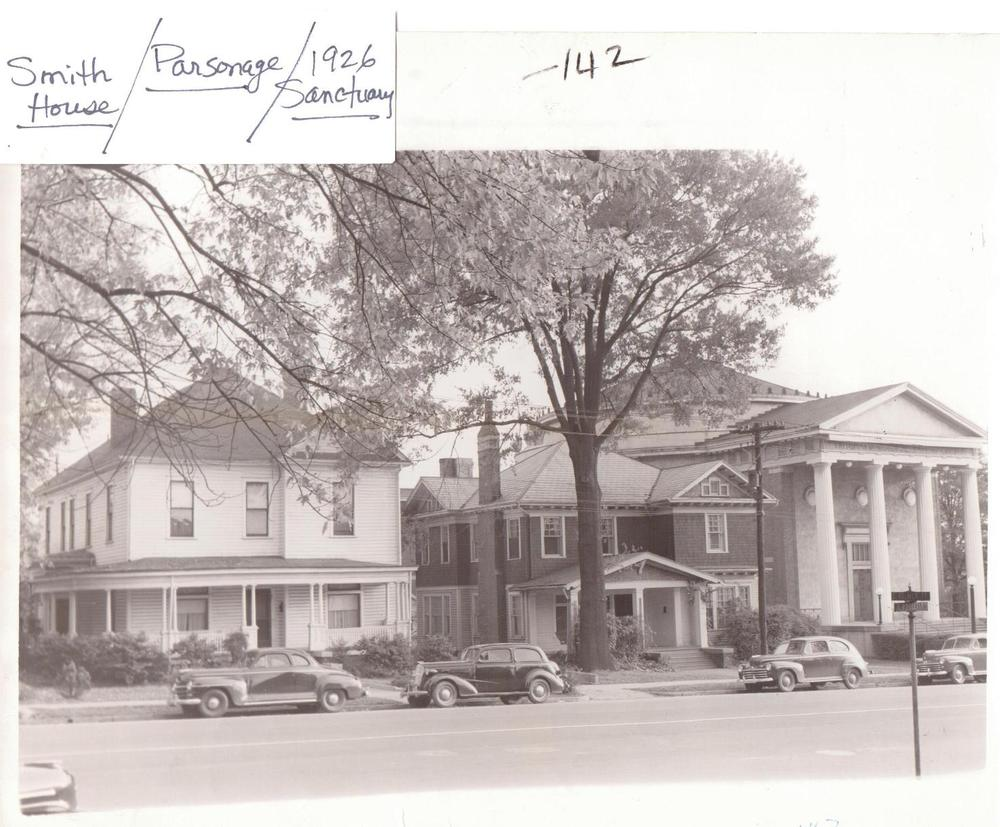 PMBC+1927+round+Sanctuary+in+1947,+Parsonage,+Smith+House+(S+Blvd+front).jpeg