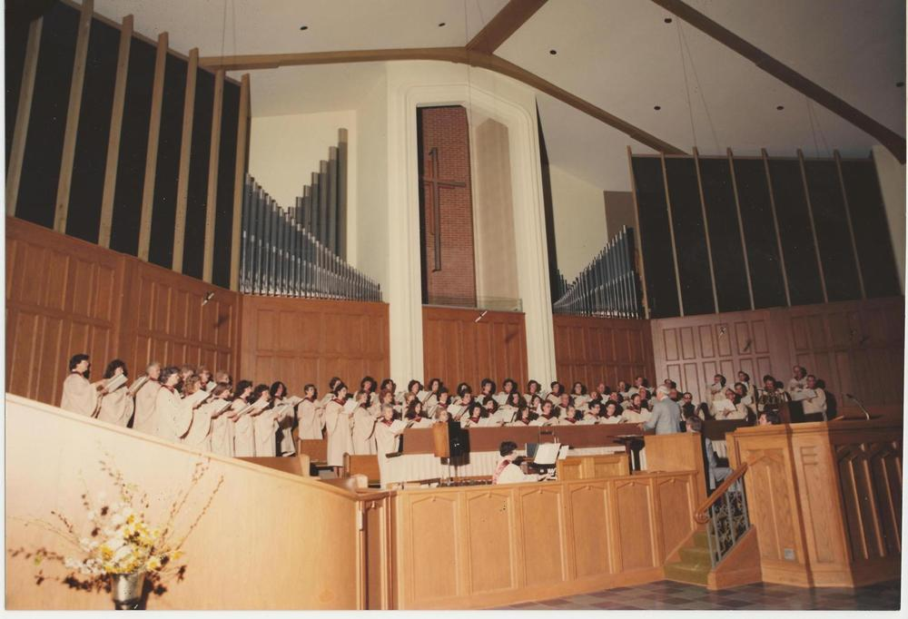 PMBC+Choir+c.+1984,+Hal+Shoemaker,+Elaine+Rogers+organist.jpg