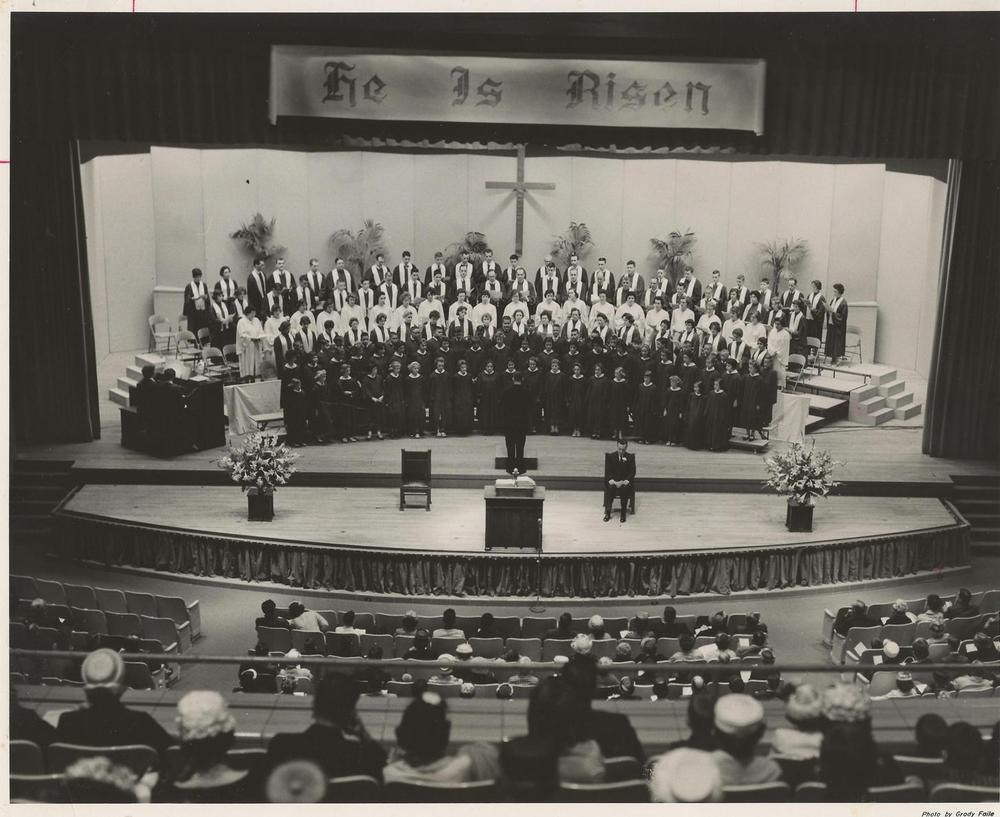 PMBC+Easter+Service,+choir,+at+Ovens+Auditorium+mid-1960's.jpg