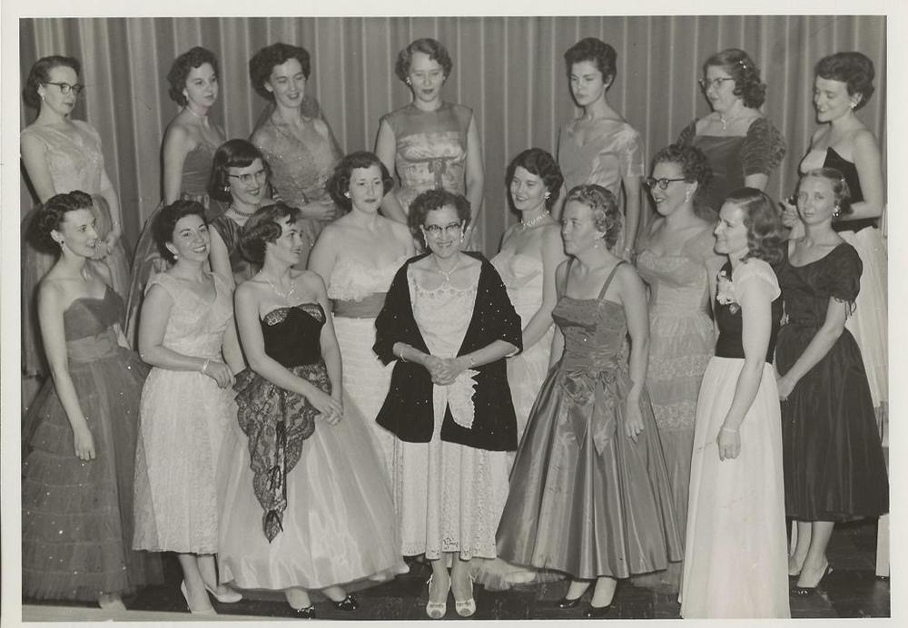 PMBC+Helen+McCullough+Ladies+SS+Class+c.+1957.jpg