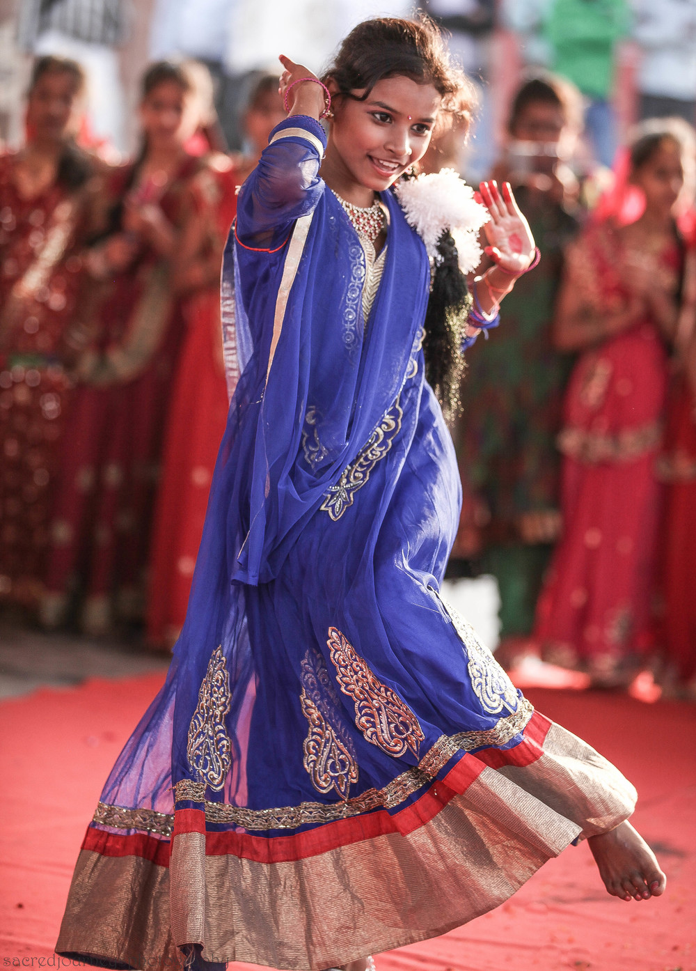 Young dancer during Shivratri      celebration in Varanasi