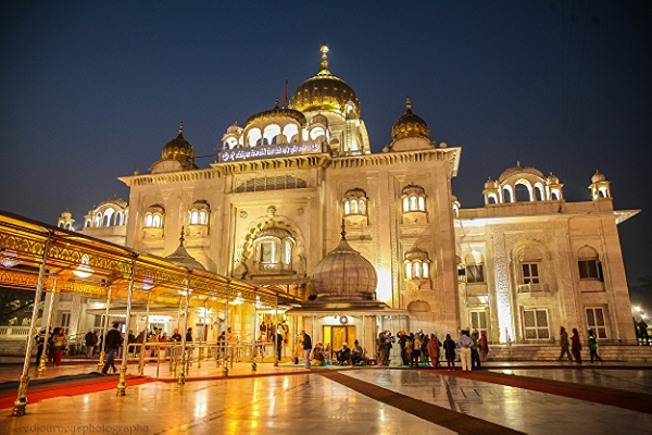 Entrance to Bangla Sahib Gurdwara in early morning