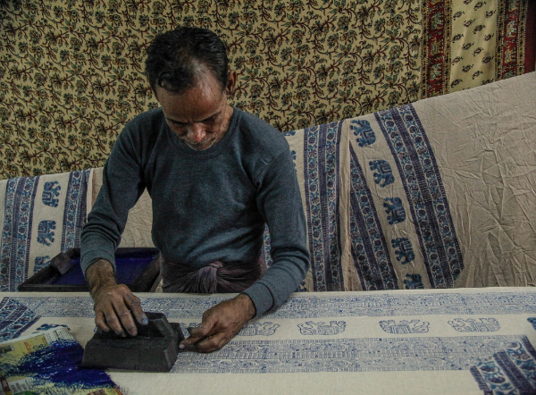 Creating block prints in Jaipur shop
