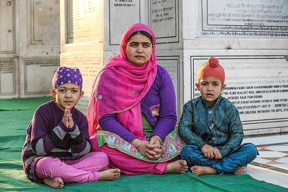 Families W Sikh Perkarma.jpg