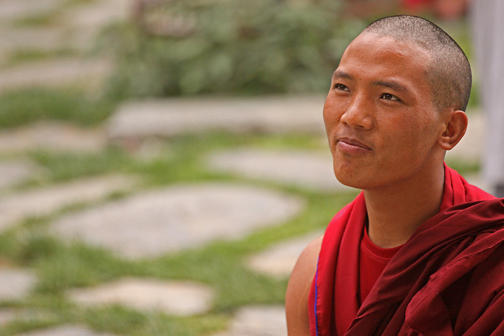 Website Dharmsala Buddhist looking up.jpg