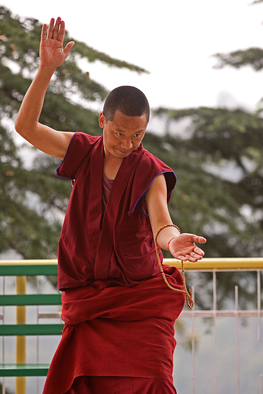 Website Dharmsala Debating monk.jpg