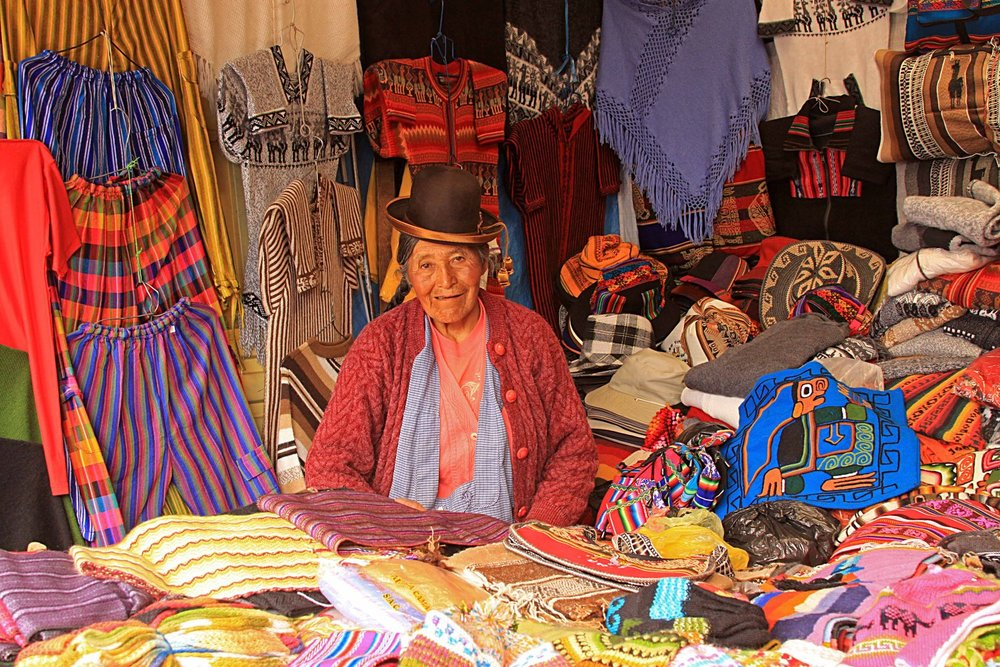Peru W Puno - Market at Lake Titicaca.jpg