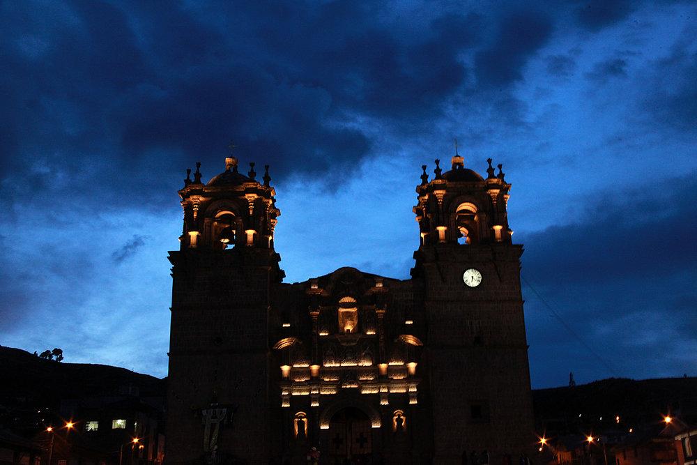 Website Puno Peru Basilica.jpg
