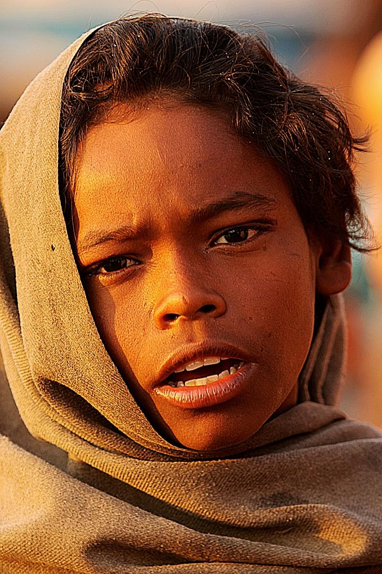 children Varanasi river boy.jpg