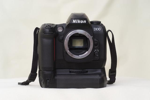 D100_dp_040210_DP00003549_NikonForSale.jpg