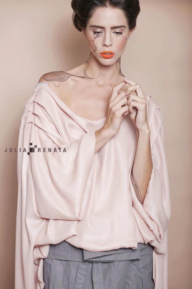 Intervención fotográfica  para Campaña  Julia y Renata 2012 .