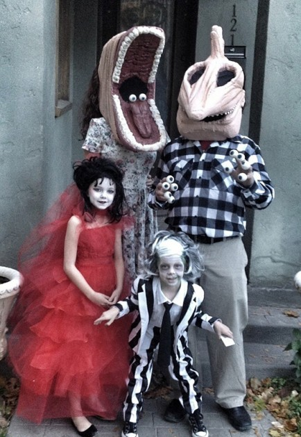 Familia Beetlejuice  vía  The Design Inspiration