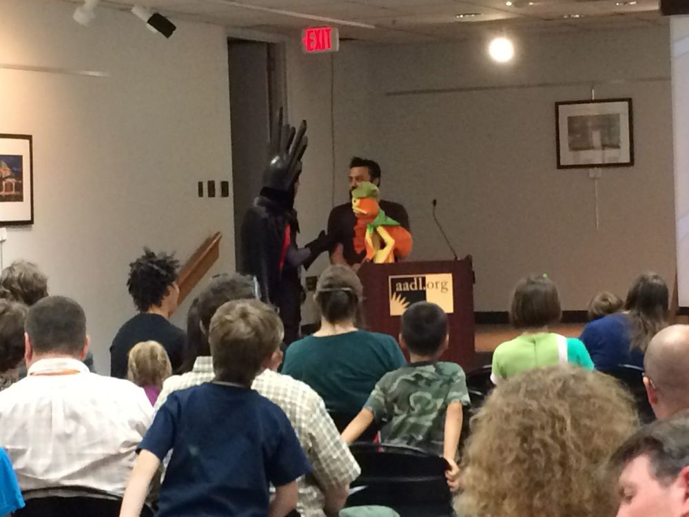 9 - joe foo - vordak - and drew the drawctopus puppet at the kids comics revolution awards.jpg