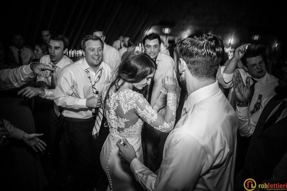 scranton_wedding_photographer_lettieri_pa_glistening_pond-0886.jpg