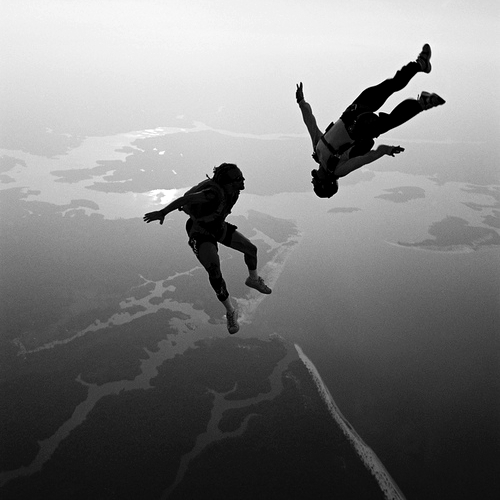 two-skydivers-in-freefall.jpg