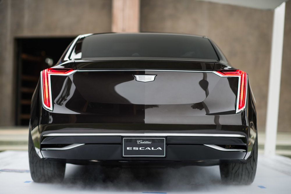 large_cadillac-escala-concept-car-4-88.jpg