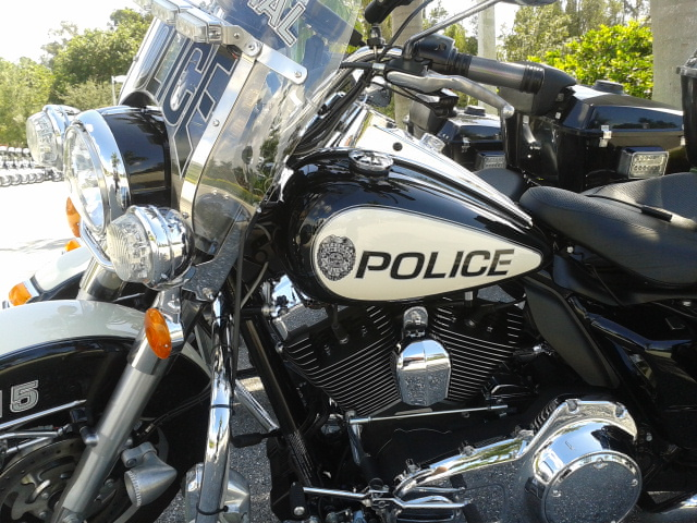 Mmmm, V-twin.... (Photo Courtesy of Cape Coral Police Department)