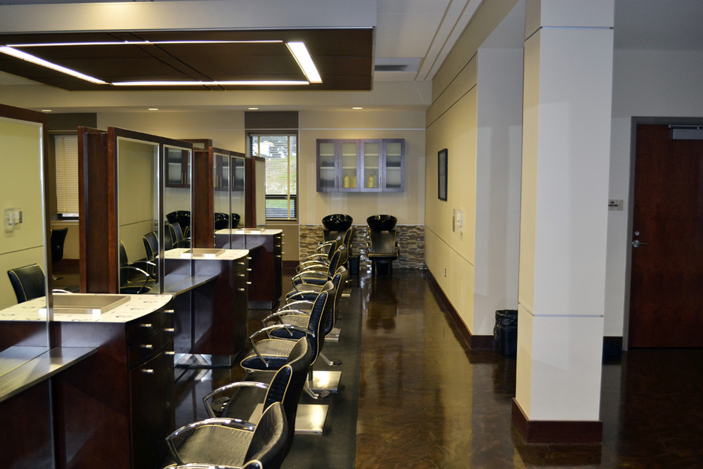 Cosmetology Lab - Styling Stations
