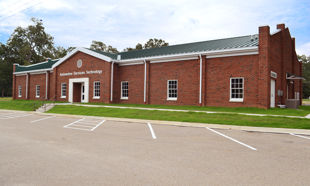 New Automotive Services Technology Building   |  Gadsden State Community College, East Broad Street Campus, Gadsden, AL