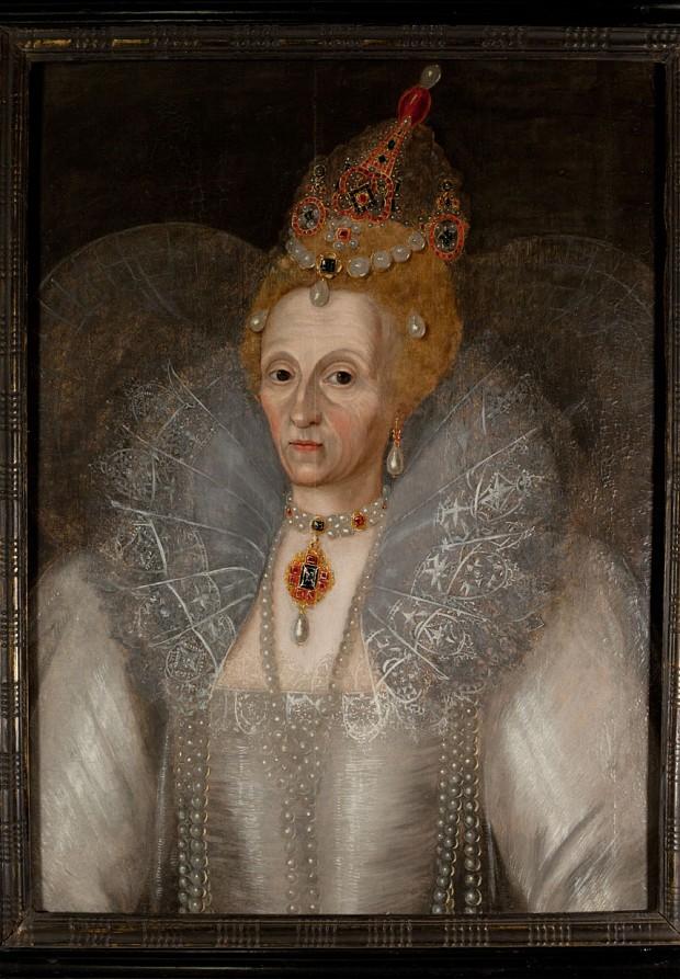 Elizabethan-Garden_2477239b.jpg