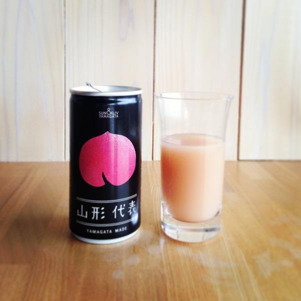 美味しい~!桃のジュース。他にラフランスや柿も。知らなかったのは私だけ?持って帰りたいです。
