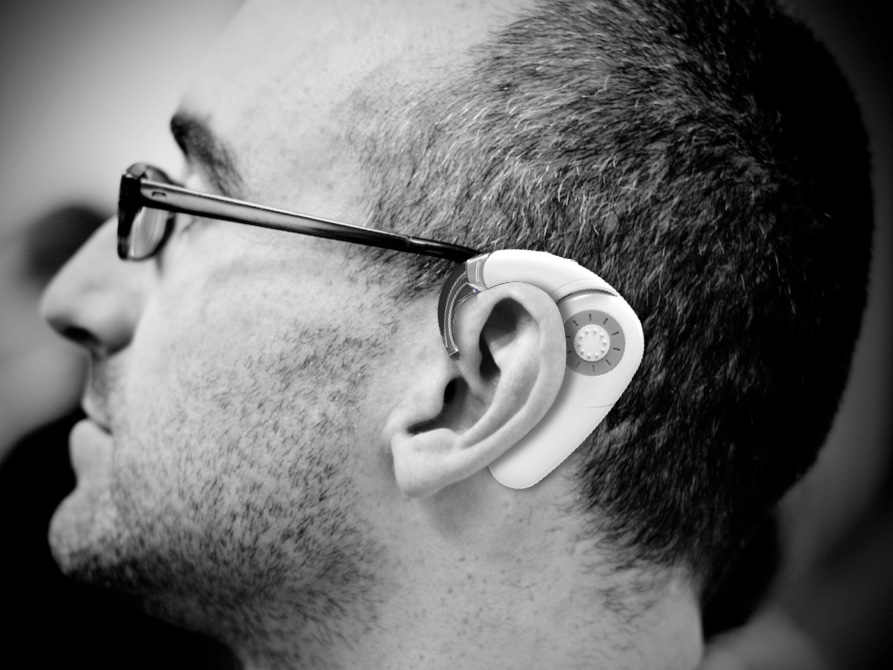 The integrated behind-the-ear processor for adults.