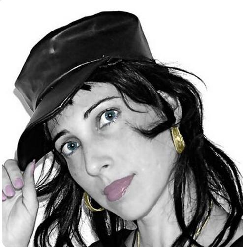 Victoria Trestrail aka @Brideofrocknrol