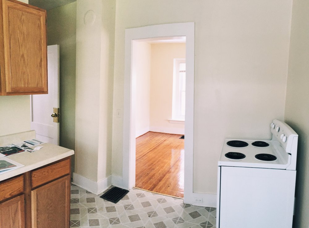 1 kitchen 3.JPG