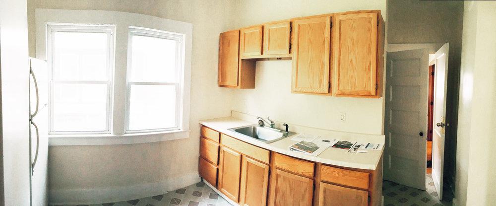 1 kitchen 2.JPG