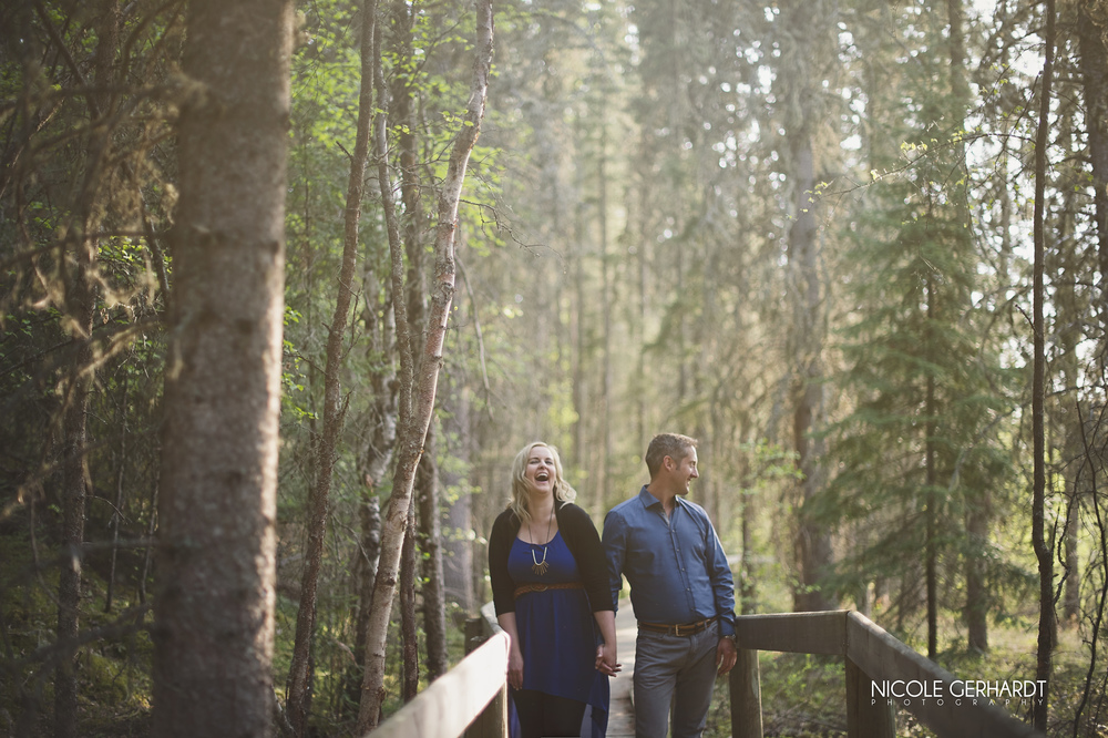 engagement_waskesiu_regina_travel_photographer_4.jpg