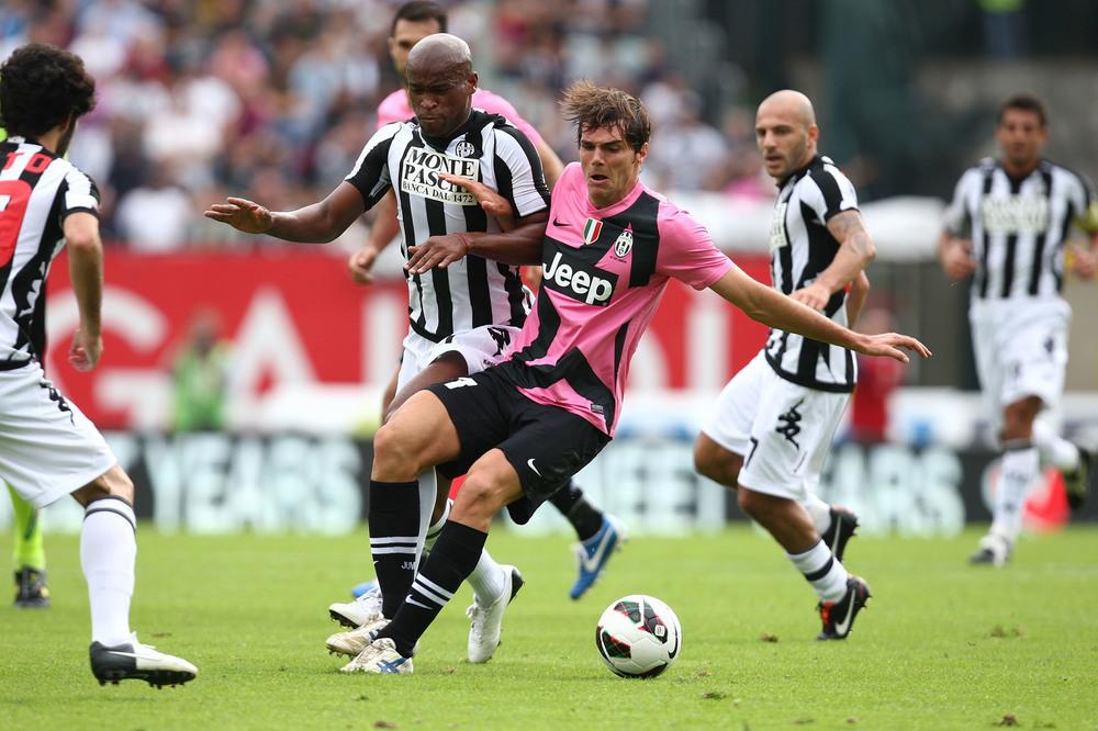Siena-Juventus-DeCeglie-working.jpg