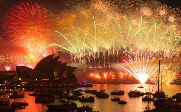 sydney-cruise-nye-fireworks.jpg