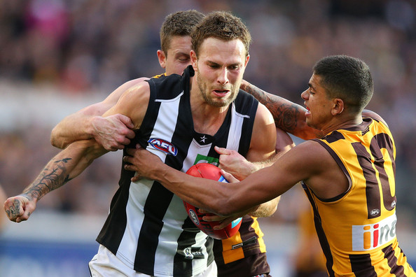 It's a huge night for the Magpies onSeven'sFridayNight Footballas they battle second-placed Hawthorn to remain in contention for a finals spot.   Source: Michael Dodge/Getty Images AsiaPac)