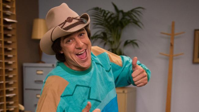 Samuel Johnson is Molly Meldrum Image - Seven