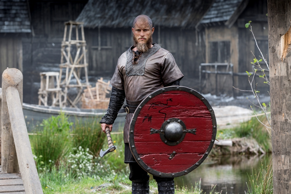 Travis Fimmel is Ragnar Lothbrook (Vikings) Image - SBS