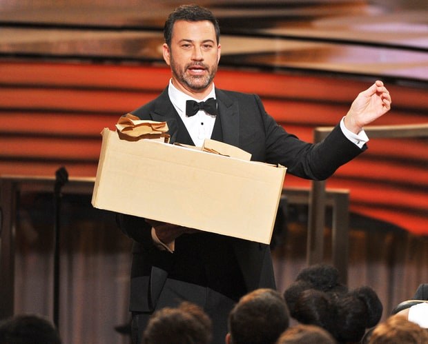 Jimmy Kimmel gives out sandwiches Image - ABC