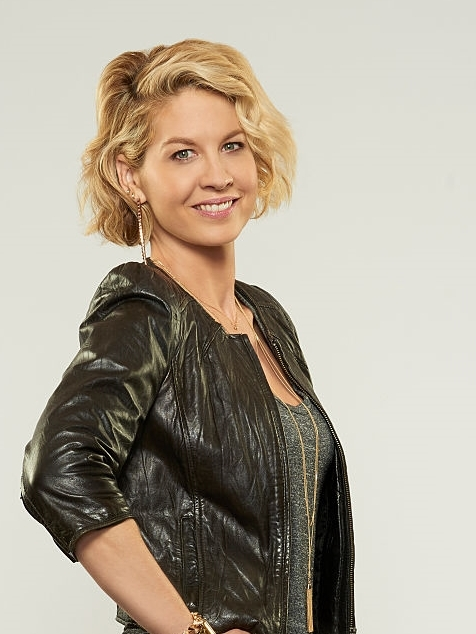 Jenna Elfman image - ABC (US)