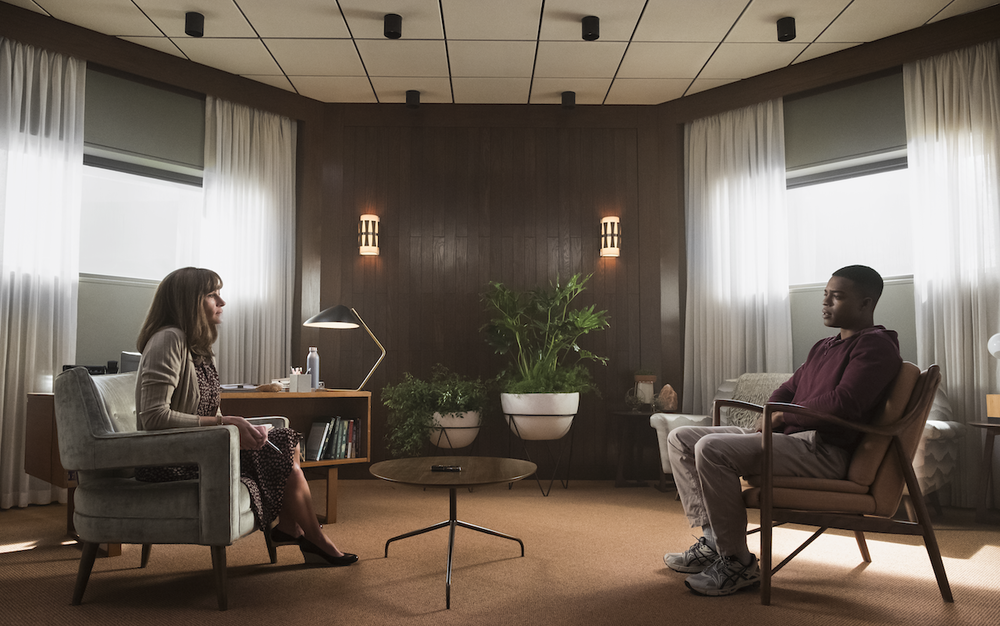 Julia Roberts and Bobby Cannavale in Homecoming  images - Amazon