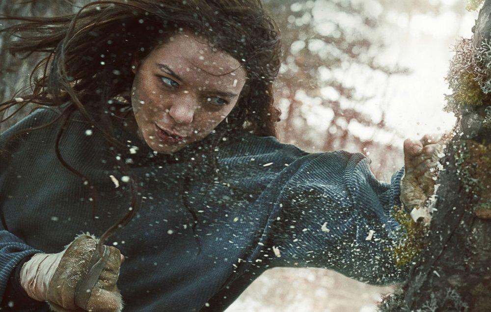 Esme Creed-Miles stars as Hanna  image - Amazon