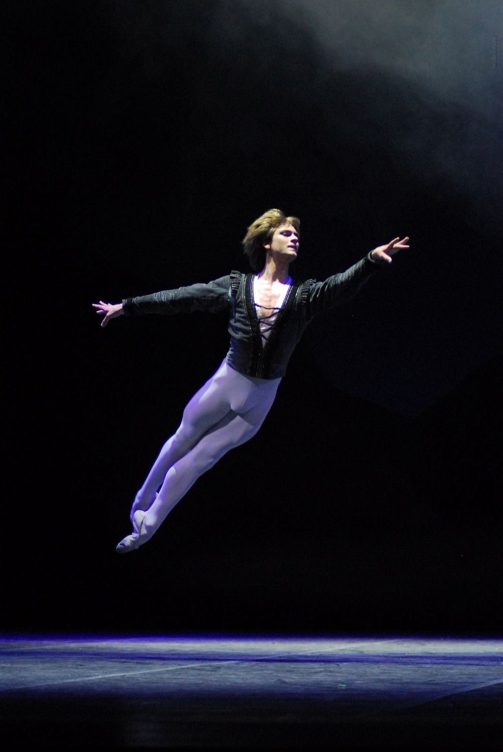 Friedemann Vogel as Albrecht in Giselle