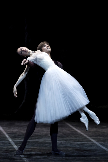 Svetlana Zakharova and Friedemann Vogel in Giselle ©Photo L.Romano Opera Rome