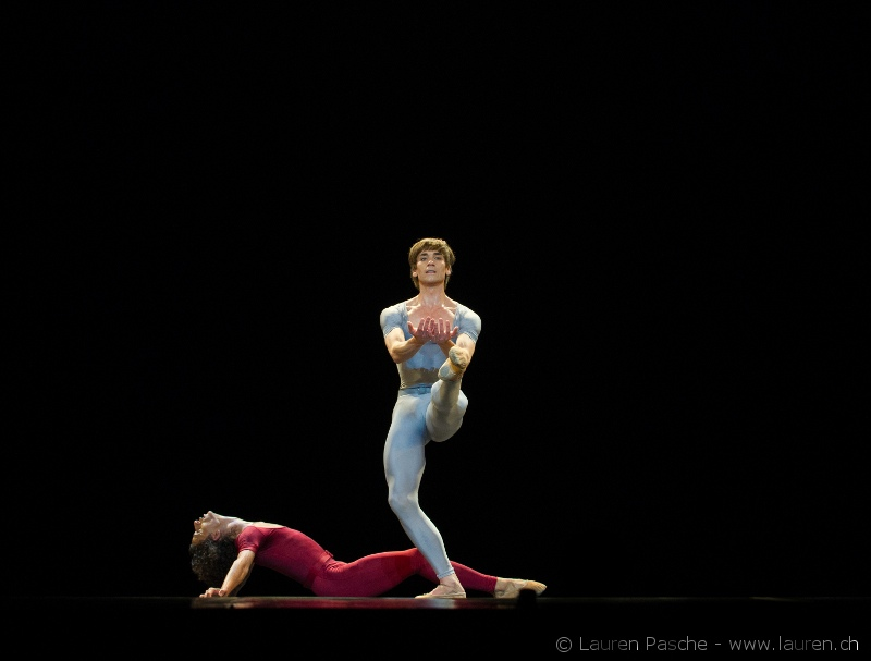 Friedemann Vogel and Oscar Chacon in ''Songs of a wayfarer'' with BBL Photo (c)Lauren Pasch